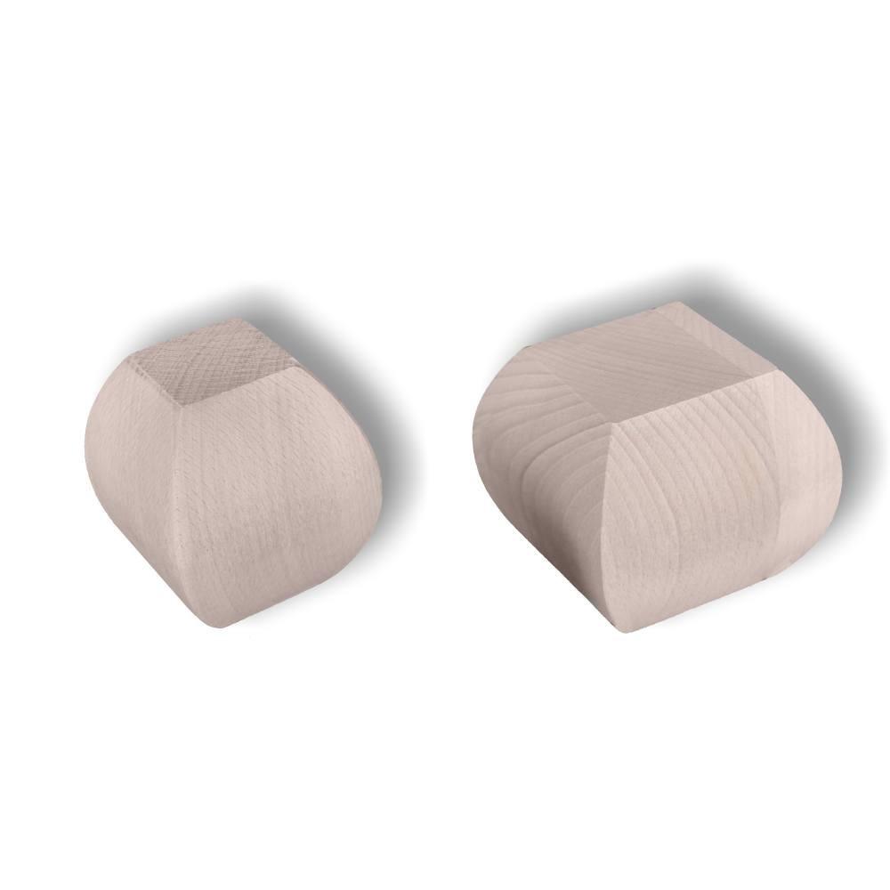 Dřevěný ornament s motivem hrozna