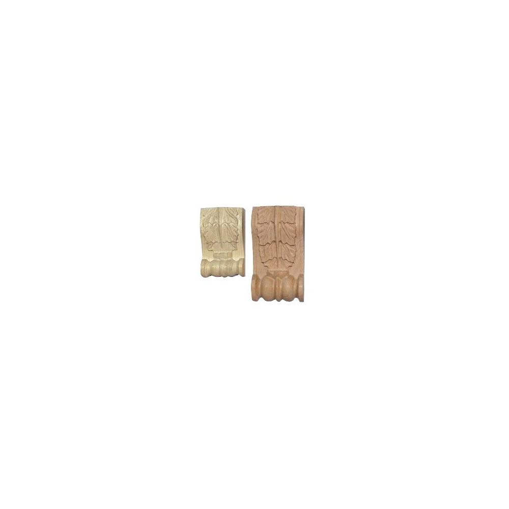 Dřevěný ornament připomínající podkovy
